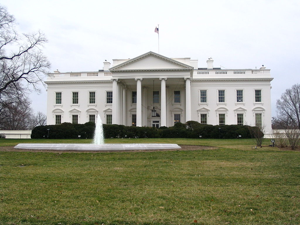 Tour the white house top places to see in washington d c for The white housse